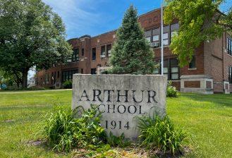 exterior of arthur elementary school