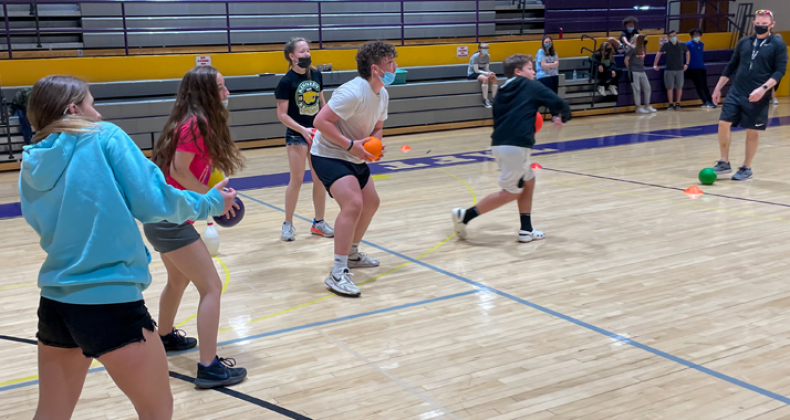 Students at Taft play a game during PE.